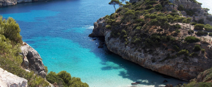 fishingtripmajorca.co.uk boat trips to Cala Marmols in Majorca