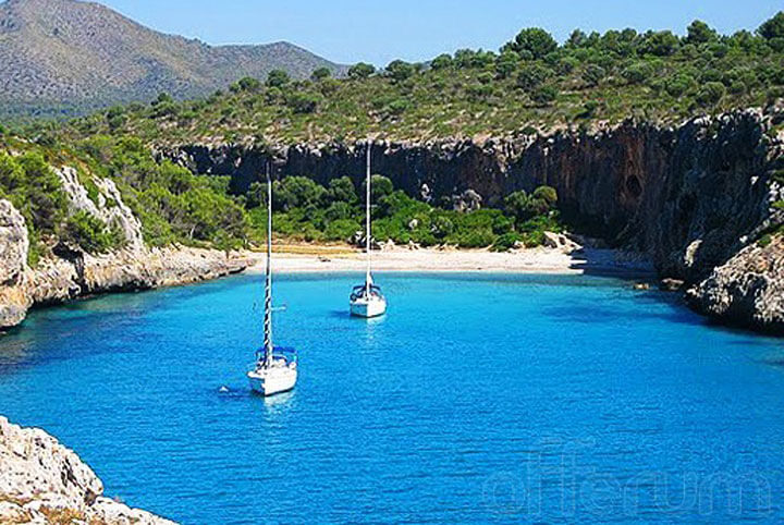 fishingtripmajorca.co.uk boat trips to cala Virgili in Majorca